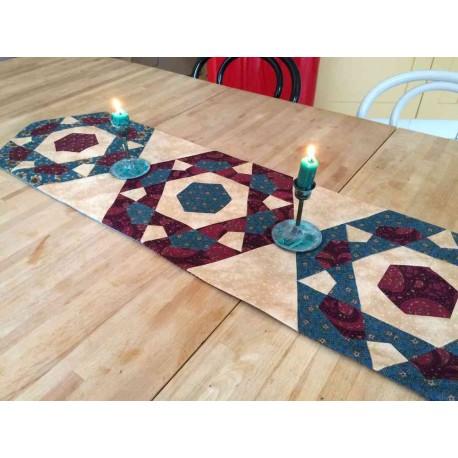 Chemin de table - Rose Star - Fiche gratuite